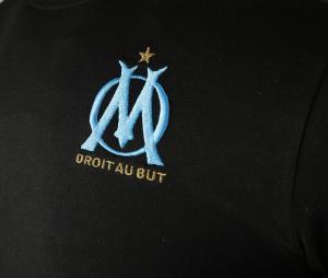 Camiseta OM Casual Negro