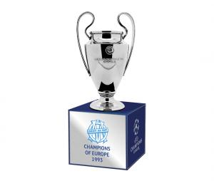 Trophée OM Champions d'Europe en 1993 45 mm