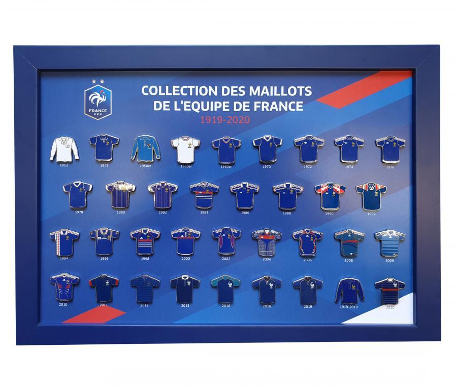Collection de 35 pins des Maillots de l'équipe  France de 1919 à 2020